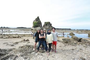 Location: Pantai Tanjung Layar, Sawarna
